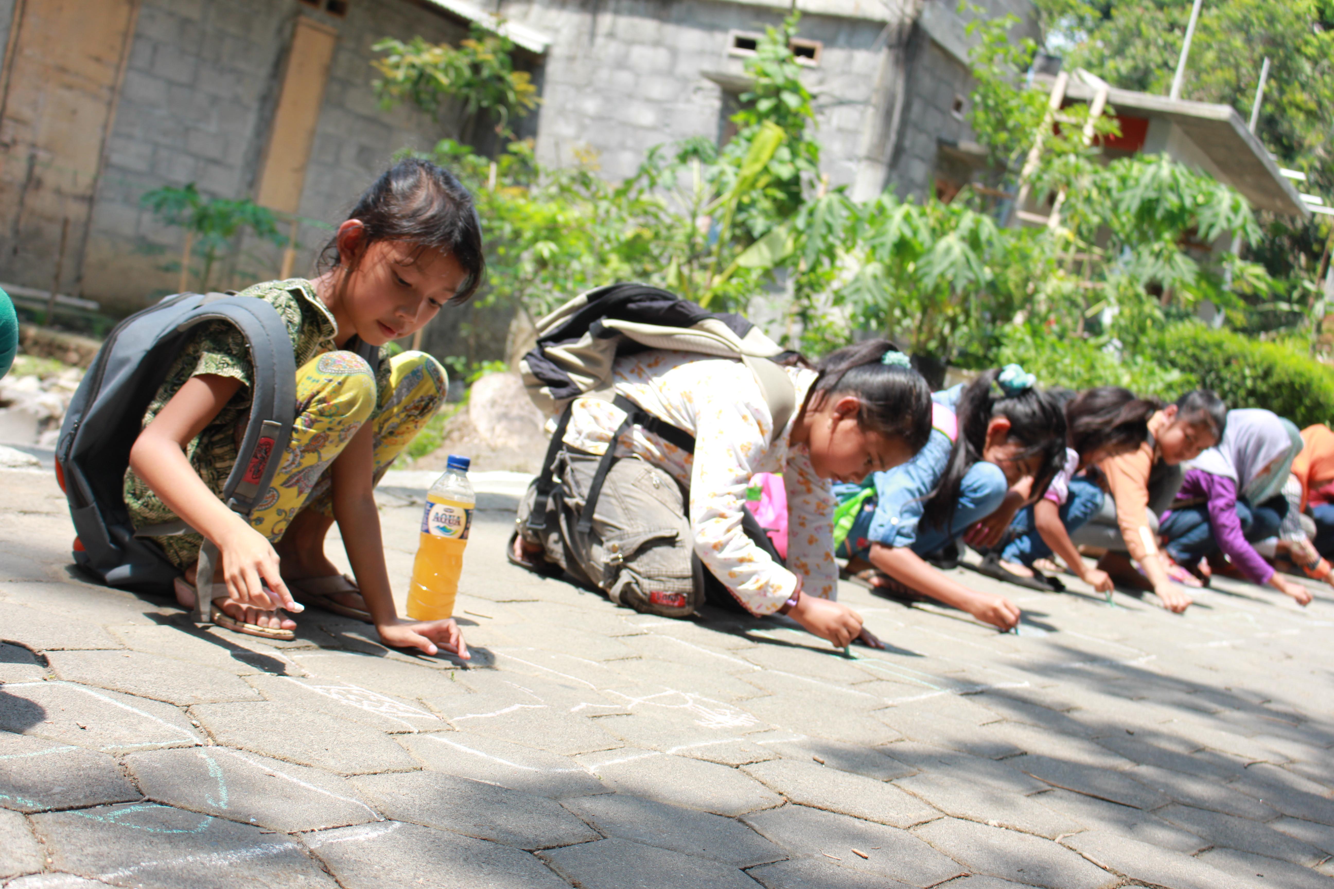 Menggali Potensi Anak Dengan Berkarya